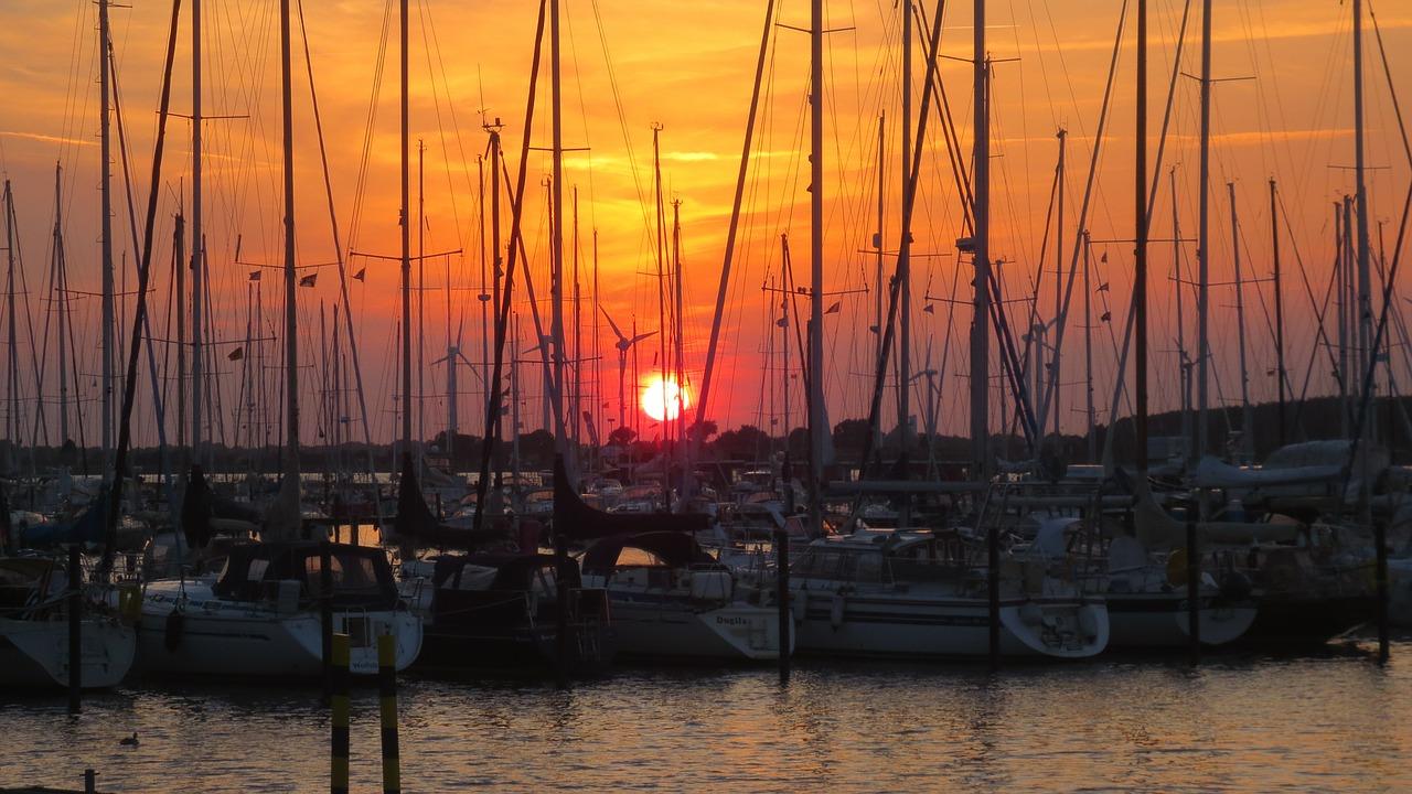 sailing-boats-436147_1280